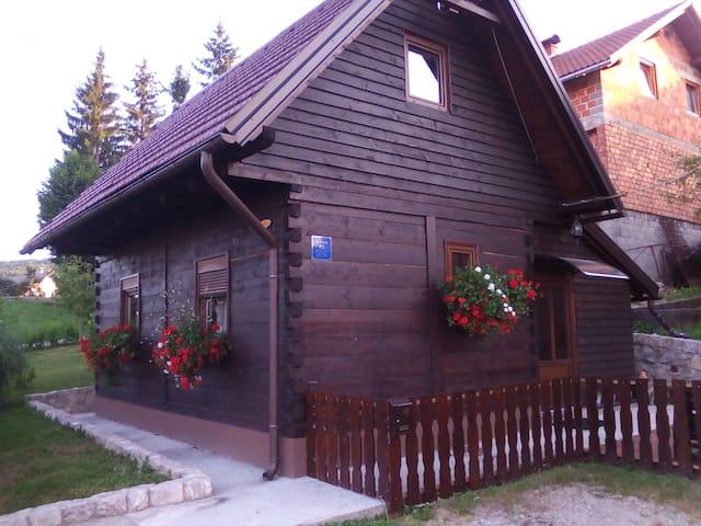 HOUSE ENA **** - Slunj - Casa