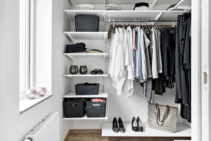 Walk in closet from bedroom