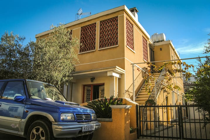 Top floor house with Sea View - Larnaca - House