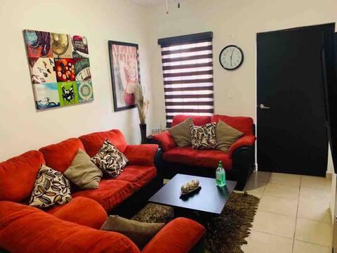 Cozy, NEW house 5 min.from Rosarito&Tijuana Centro
