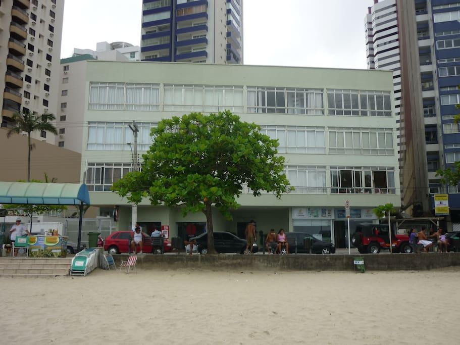 Frente Edifício