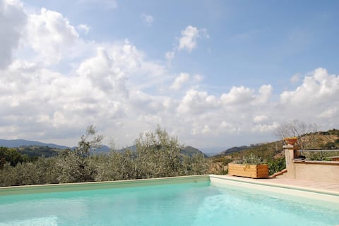 Rome Country house with pool in Sabine hills.