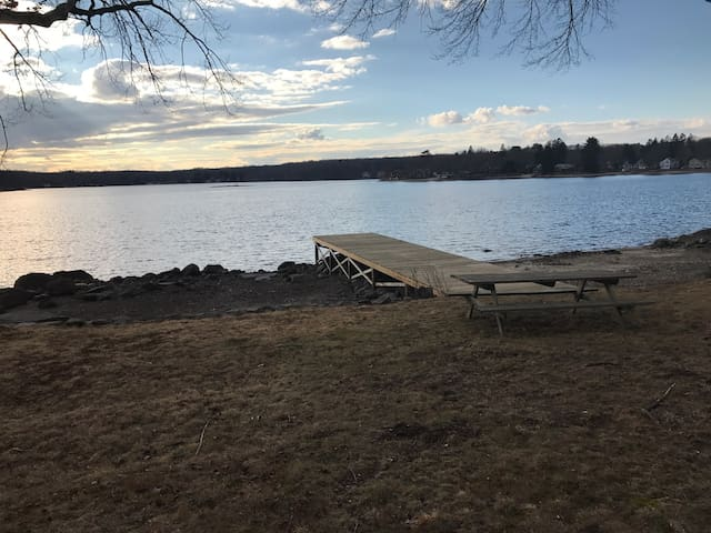 Beautiful family lake front house - Columbia - Huis