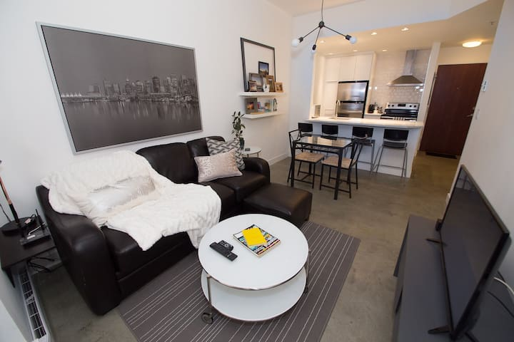 Very Central Downtown Modern Condo - Sleeps 7!!! - Vancouver - Appartement en résidence
