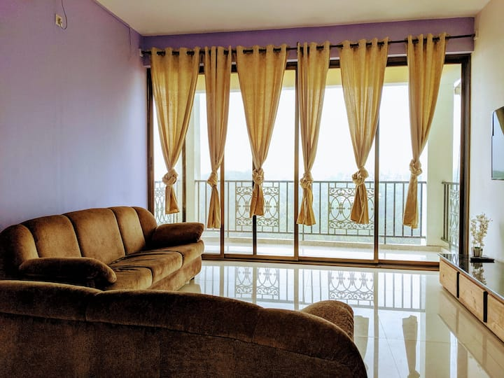 3 BHK Ac Island View Apartment - Jade's Den