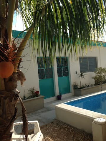 New comfy bungalow in DT Cozumel w/ POOL