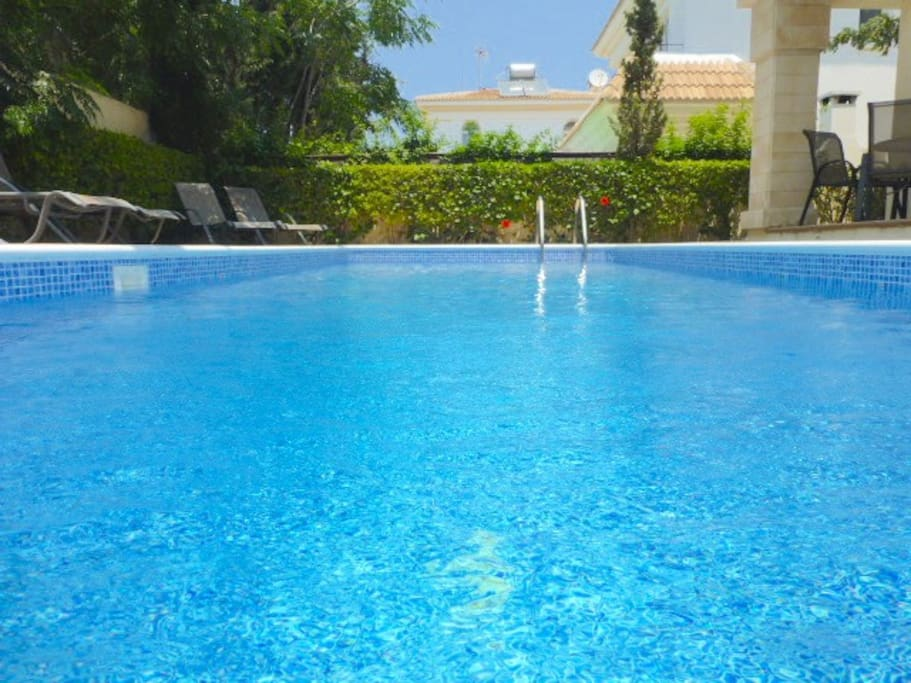 Blue Water Bay Villa with you own private pool!