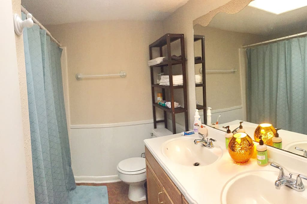 My cute bathroom. The shower has great water pressure!