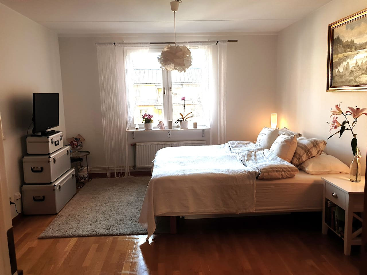 A bedroom for 2 right in the city center