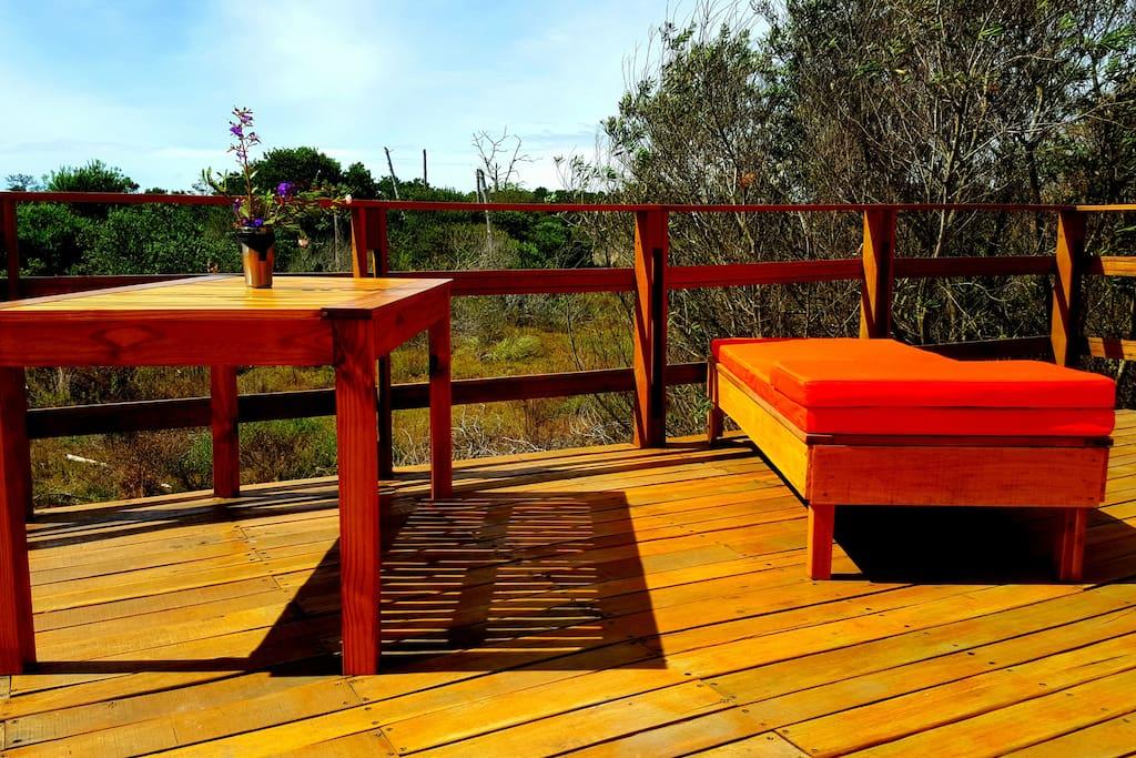 deck terraza con amplia vista