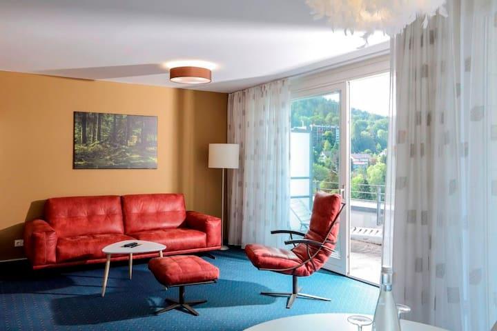 Schwarzwald Panorama, (Bad Herrenalb), 3-Zimmer-Apartment, 82 qm, 1 Wohnzimmer, 2 Schlafzimmer, max. 3 Personen