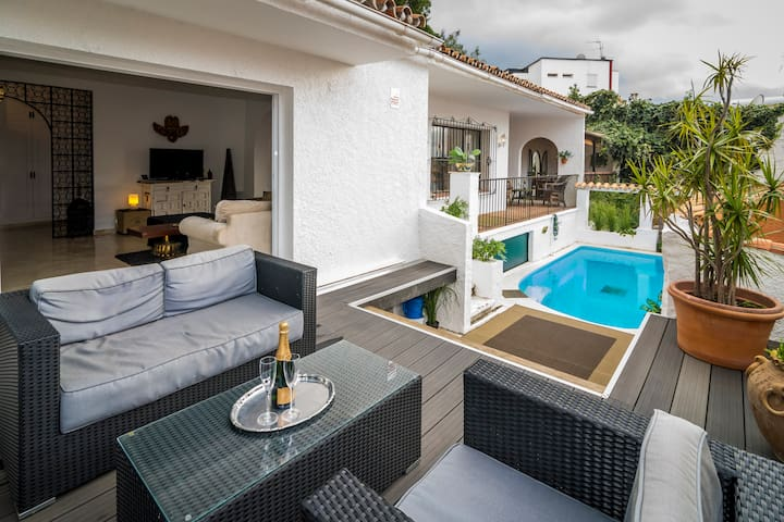 Charming 4 bed villa-VLC - Marbella - Villa