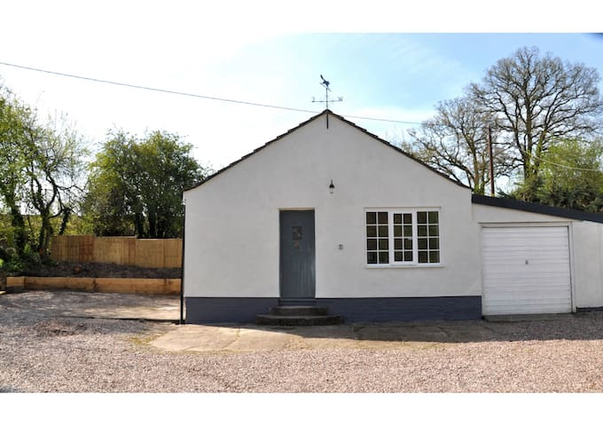 The Granary - Self contained annex - Malpas - Cabana