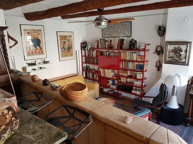 Studio coquet et confortable au vieux port