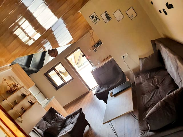 Arya Roof House With Perfect Location