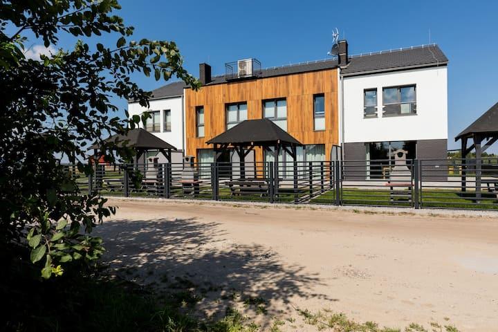 Prestige House Zefir 1 | Sauna, Garden, Playground