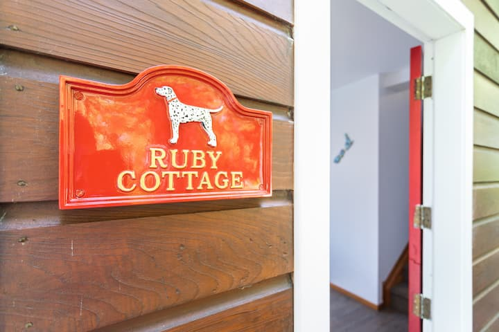 Ruby Cottage