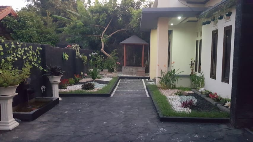 Entire House for Family in Lombok
