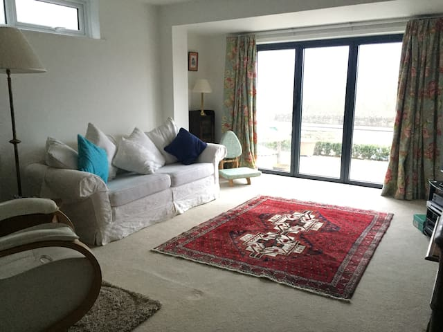 Sunny south facing ground floor flat - Batheaston - Wohnung