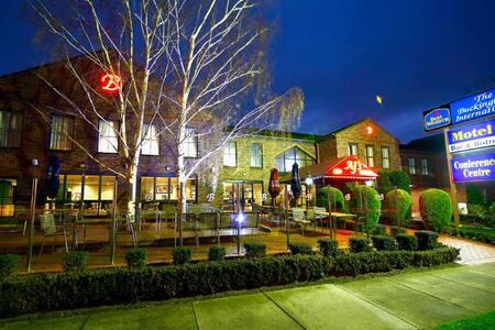 Best Western Plus Buckingham International Hotel - Highett - 精品酒店