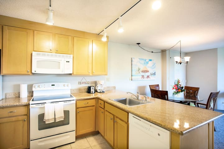 SUPER CLEAN! OceanView w/ Personalized Svc 1BD/1BA