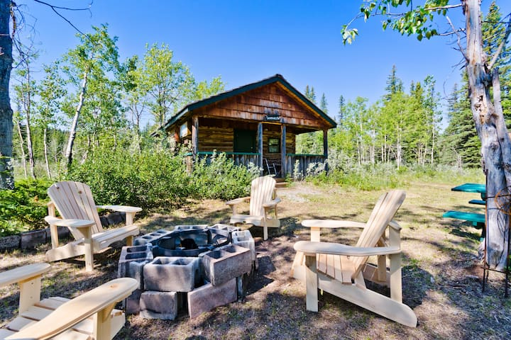 Rustic and Historic Wood Cabin near Bragg Creek