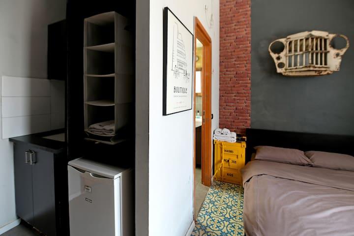 Eclectic Apartment Hotel - Economy Room