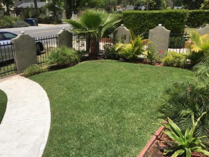 Beautiful & Clean home near Pasadena
