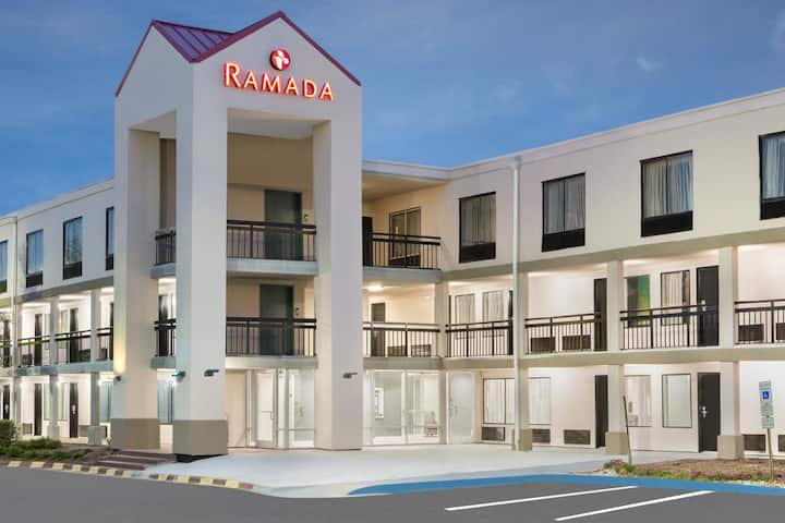 Rest and Rise at the Ramada - King Bedroom
