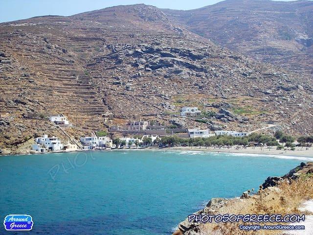 διαμέρισμα με πανοραμική θέα στον Πάνορμο - Tinos - House
