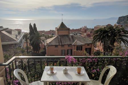 Splendida vista a 5 minuti dal mare - Finale Ligure - Wohnung