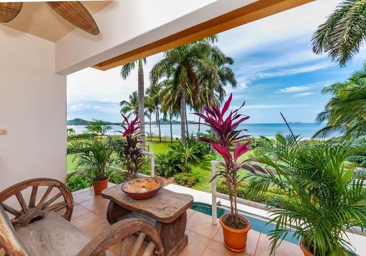 Casa Tigre - Large 7 bedroom Oceanfront Retreat Home