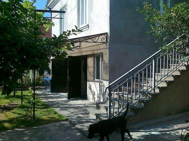 Дом у Астамура