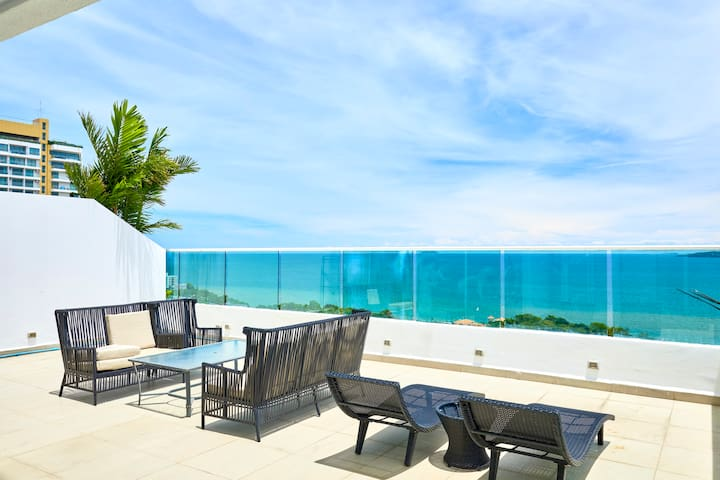 Stunning 20th floor Terrace-Sea View!!