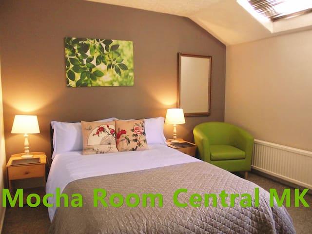 Mocha Room#2  Central MK