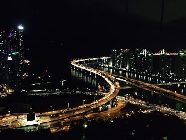 해운대 전망이 아름다운 초고층 하우스 - Haeundae-gu - Wohnung