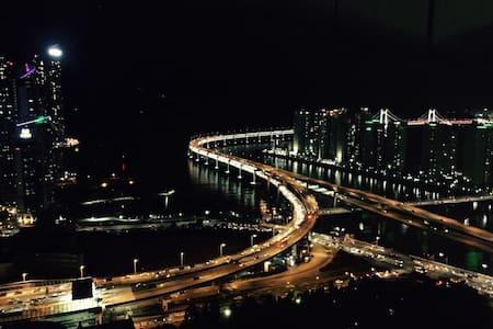 해운대 전망이 아름다운 초고층 Centum View Raum - Haeundae-gu