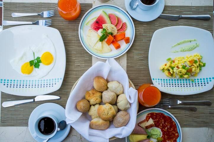 Yammie Breakfast