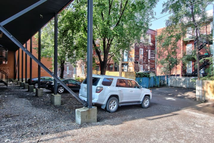 Two private parking space available at rear of the building