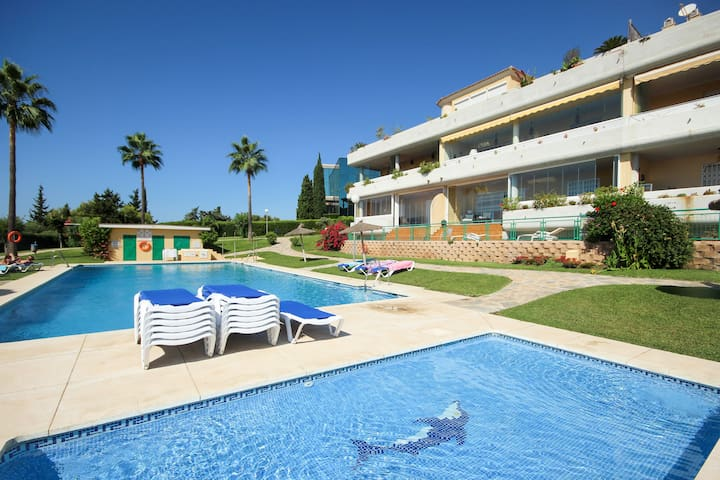 Delightful Apartment Close to Golf and Beach