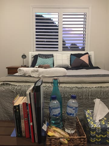 Queen bed, New house,Great location - Penshurst - Talo