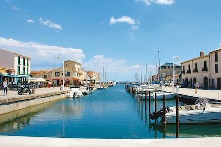 Marseillan -Port à 5 min..Mer à 3km- étang de thau