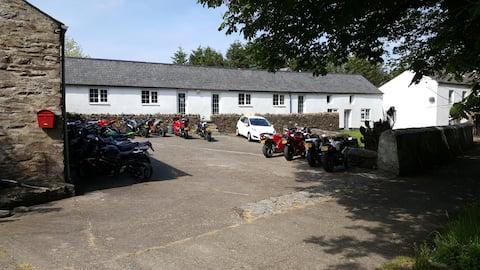 Cronkbane Cottages - Dhoon Glen Cottage