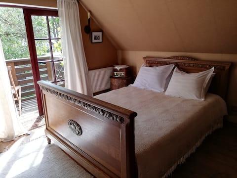 Vinoteegi Residents, Apartment with Balcony&Bath