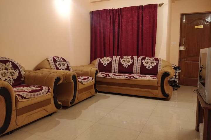 A fully furnished 2BHK in Frazer Town