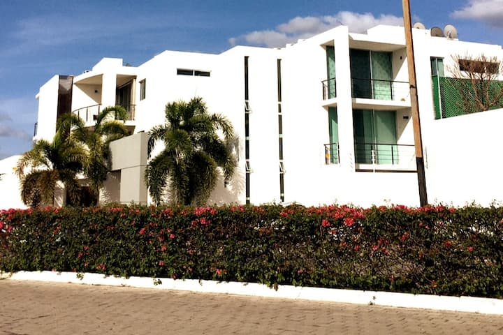 NEW APARTMENT WITH PRIVATE POOL IN NORTH MERIDA