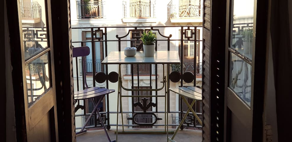 1. Downtown Barcelona double room