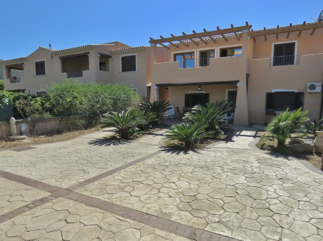 San Teodoro (OT) beautiful apartment in Villa