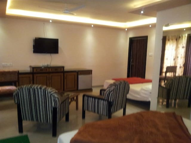 Deluxe Cottage in Panchgani - Satara - Bungalov