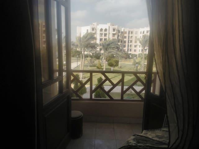 Wonderful garden view apartment in Al Rehab city